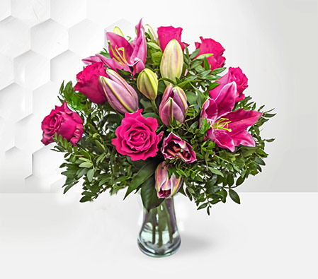 Rose and Lily Hand tied <font color=Red>Sale 25% off</font>