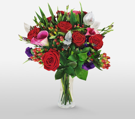 Blitzen<Br><Font Color=Red>Roses & Callas Arrangement</Font>