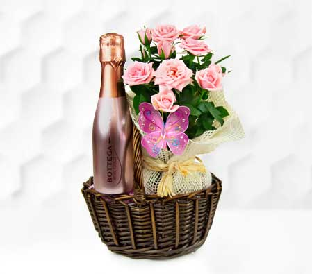 Rose and Bottega Wine Basket