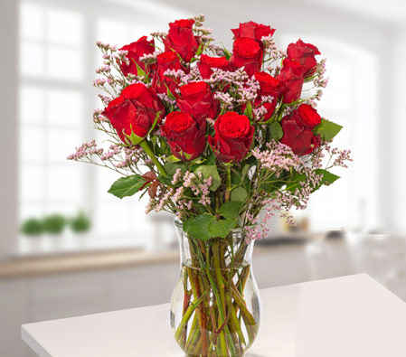 Bunch of 15 Red Roses with Limonium