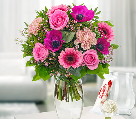 Pink Beauty Flower Bouquet