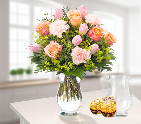 Fresh Flowers with vase & Free Chocolates