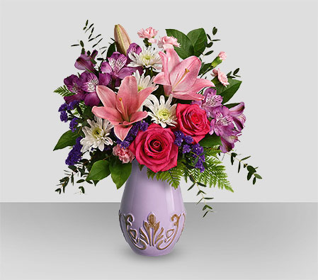Lavish Love! Mothers Day Bouquet
