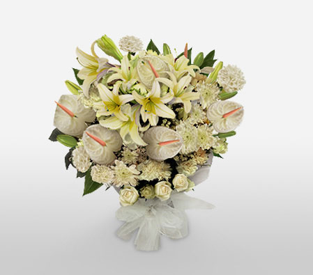 White And Simple-White,Lily,Chrysanthemum,Carnation,Anthuriums,Mixed Flower,Bouquet
