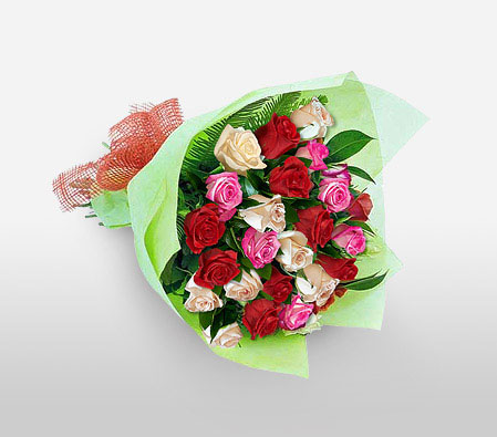 Presentation-Red,White,Rose,Bouquet