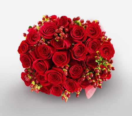 Enchanting Love<Br><Font Color=Red>Two Dozen Red Roses</Font>