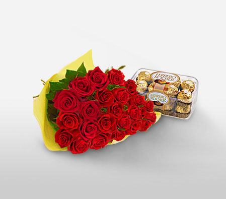 Roseate Cheer <Br><Font Color=Red>Two Dozen Roses & Box Of Chocolates</Font>