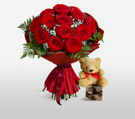 Red Hot Cuddles <Br><Font Color=Red>12 Roses & Free Teddy </Font>