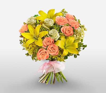 Simply Stunning-Mixed,Pink,Yellow,Lily,Mixed Flower,Rose,Bouquet