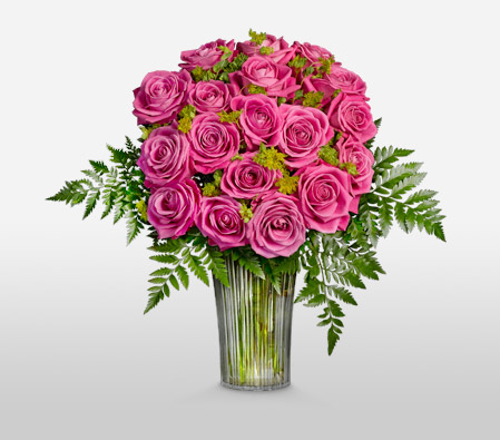 Long Stem Pink Roses in Vase
